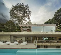 The Rio de Janeiro Home of Alex Lerner by Arthur Casas | Yatzer