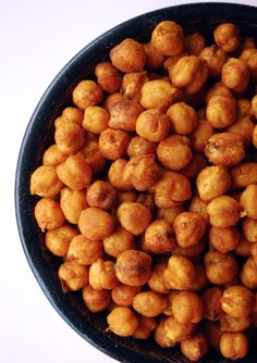 Meet Your New Favorite Snack: Spicy Roasted Chickpeas