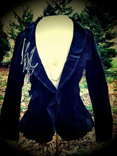 vintage chain blazer super cute! www.sacerandsavive.com