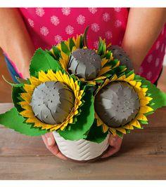 Sunflowers In Vase // Cricut Crafts