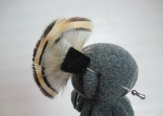 Hutnadel beige-grau Fasan