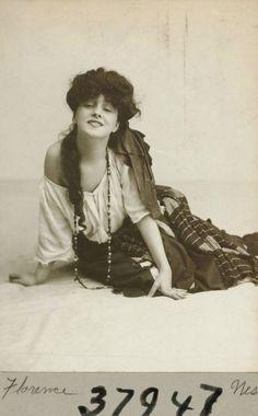 Evelyn Nesbit - 1900