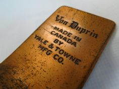 Old #VonDuprin exit device in #Montreal
