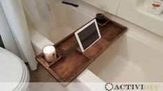 Do It Yourself Woodworking Plans to build a wooden rustic bathtub caddy tray. Step-by-step instruction, including photos. - My Easy Woodworking Plans Woodworking Furniture Plans, Woodworking Basics, Woodworking Joints, Learn Woodworking, Woodworking Projects, Woodworking Patterns, Woodworking Techniques, Intarsia Woodworking, Woodworking Workbench