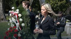 Politycy SLD odwiedzili groby ofiar katastrofy smoleńskiej #Smoleńsk #katastrofa