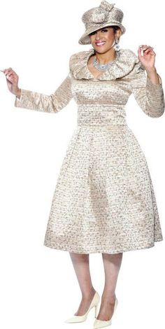 Church Suits And Hats, Church Attire, Church Dresses, Church Outfits, Sunday Morning Outfit, Sunday Dress, Lace Dress Styles, Lovely Dresses, Suits For Women