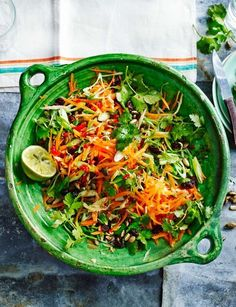 the 4 Cycle Solutions Japanese Diet - Zingy carrot salad Healthy Salad Recipes, Vegetarian Recipes, Cooking Recipes, Vegetarian Salad, Quinoa Salad, Carrot Salad Recipes, Side Salad Recipes, Food Salad, Couscous Salad