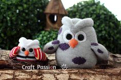 Owls are such cute animals even if they look spooky sometimes. No wonder why a lot of craft lovers make them out of different materials and expose them around the