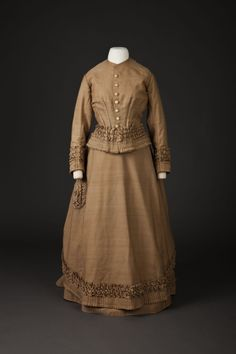 Свадебное платье, 1876
