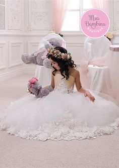 Cheap communion dresses, Buy Quality first communion dresses directly from China communion dresses for girls Suppliers: Pageant Dresses for Little Girls Ball Gowns Vestidos De Primera Comunion Flower Girls Dresses First Communion Dresses for Girls Girls Pageant Dresses, Wedding Dresses For Girls, Wedding Party Dresses, Pageant Gowns, Bridesmaid Dresses, Tulle Wedding, Party Gowns, White Flower Girl Dresses, Lace Flower Girls