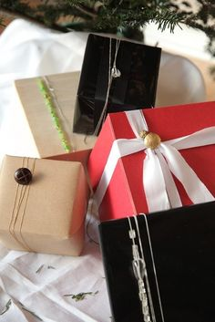 DIY gift wrapping | urbancurator