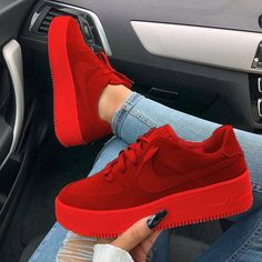 65 the best shoes in the world summer will surprise you 2019 page 41 Cute Sneakers, Shoes Sneakers, Nike Red Sneakers, Colorful Sneakers, Yeezy Shoes, Sneakers Fashion, Fashion Shoes, Jeans Fashion, Fashion Tips