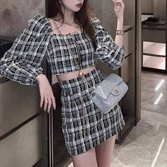 Cute Skirt Outfits, Crop Top Outfits, Girly Outfits, Cute Casual Outfits, Pretty Outfits, Korean Fashion Dress, Ulzzang Fashion, Kpop Fashion Outfits, Girls Fashion Clothes