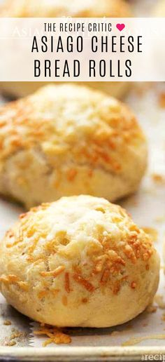 30 minute Asiago Cheese bread rolls These rolls are made with quick and easy dough and are ready in 30 minutes With delicious Asiago Cheese on top of these soft and perfect rolls they are sure to be a hit brad appetizer dinner Bread Machine Recipes, Easy Bread Recipes, Cooking Recipes, Beef Recipes, Chicken Recipes, Soft Bread Rolls Recipe, Easy Bread Roll Recipe, Quick Bread Rolls, Healthy Recipes