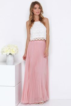 pleated maxi skirt, lace top