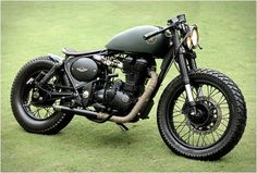 Rajputana Custom Motorcycles Royal Enfield Classic Assault is the feature of the day. India is one of the top motorcycle markets of the Concept Motorcycles, Vintage Motorcycles, Custom Motorcycles, Custom Bikes, Custom Bobber, Bobber Kit, Bobber Motorcycle, Green Motorcycle, Ducati