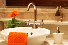 Small bathroom ideas vessel sink