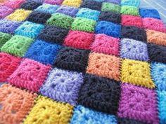 No instructions but it's a super cute blanket!