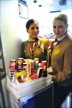 Volotea Nantes happy Cabin Crews. Early flight on board service with great products to offer and  of course....lots of coffee, hot chocolate cups and smiles