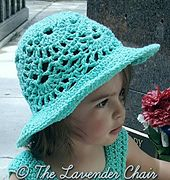 Lacy Shells Sun Hat - Free Crochet Pattern - The Lavender Chair Dress pattern available as well - free Crochet Kids Hats, Crochet Girls, Crochet Beanie, Crochet Yarn, Free Crochet, Crochet Roses, Crochet Toddler, Crochet Jumper, Slippers Crochet