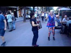 Segundo video Bailando Yo Rosalia Gállego Avila y Musico en Barcelona