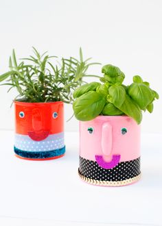 DIY Smiley Summer Herb Planters | Say Yes to Hoboken