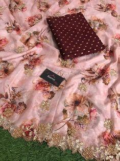Blue Silk Saree, Bridal Silk Saree, Organza Saree, Cotton Saree, Indian Fashion Dresses, Indian Designer Outfits, Fashion Wear, Floral Print Sarees, Floral Prints