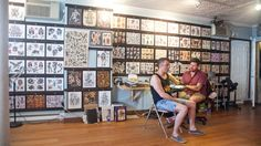 New York tattoo parlors: Gotham's best ink spots New York Tattoo Shops, New York Tattoo Artists, Best Tattoo Shops, Usa Tattoo, City Tattoo, Tattoo Shop Decor, Go To New York, Studio Interior, Tattoo Parlors