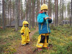 Metsäkylpyä lapsille ja sopivat asut metsään, Polarn O. Pyret