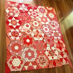 It's not going to be a 2016 finish but I'm pretty thrilled to have finished making all my Smitten blocks!! Big thanks to my favourite girls who kept me going ☺ @spanzy @madebymaisy @fortheloveoffabric #smittenquilt #jenkingwelldesigns #jenkingwell #showmethemoda #bonnieandcamille #thimbleblossoms #epp #eppeverywhere #paperpiecing #paperpiecingeverywhere #lucykingwell #debssmitten #smittenslowalong
