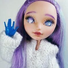 My EAH doll repaint :) #Carmazin #dolls #ooak #ooakdoll #customdoll #repaint #repainteddoll #faceupdoll #doll ##dollstagram #eahdolls #eah #maddiehatter #purplehair #purpleeyes #glitter