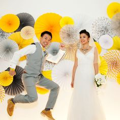 A bright colour theme and personal touches make for great-looking pictures, as seen in Michelle and David's wedding. #weddings #sgweddings #realweddings #bright #diy #papergoods #weddingalbums