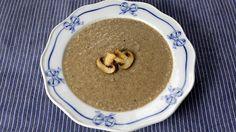 Houbová polévka podle Anthony Bourdaina Pudding, Desserts, Food, Flan, Postres, Puddings, Deserts, Hoods, Meals