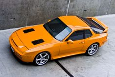 Porsche 944 T