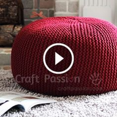 Vidéo Tricot Puff Making Making 18 Crochet Pouf Pattern, Knitted Pouf, Crochet Cushions, Free Crochet, Knit Crochet, Knitting Patterns, Crochet Patterns, Floor Pouf, Knit Pillow