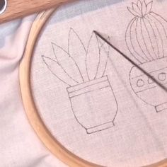 Hand embroidery is so relaxing to watch! - - Hand embroidery is so relaxing to watch! Hand Embroidery Videos, Embroidery Stitches Tutorial, Embroidery Flowers Pattern, Creative Embroidery, Learn Embroidery, Hand Embroidery Stitches, Embroidery Techniques, Embroidery Kits, Beginner Embroidery