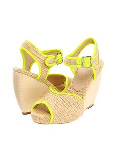 15 Pairs of Resort-Ready Raffia Shoes : Lucky Magazine