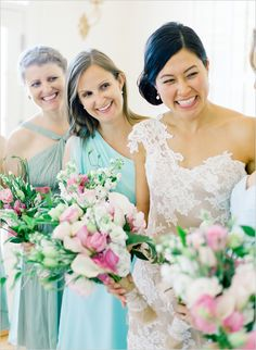 white and pink bridesmaid bouquets http://www.weddingchicks.com/2013/08/29/the-lyford-house/