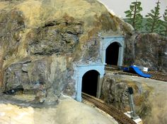 find awesome Model Trains Figures and Model Trains Scenery at http://www.modelleisenbahn-figuren.com. Also a Model Railway Wiki