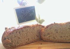 Pão artesanal Fácil  Easy artisan bread   #artisanbread #pão #Pãoartesanal #Homemade #Homemadebread #bread #easybread #deliciousbread #pãocaseiro #Pain
