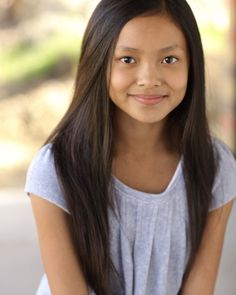She's so little and cute! Best Tv Shows, Movies And Tv Shows, Project Mc Square, Female Character Inspiration, Two Best Friends, Young Fashion, 9th Birthday, Female Characters, Pretty Face