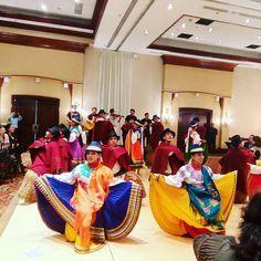 Yo de figureti #jaja #marriott #hotel #event #nigth #dance #folklore #folkoredance #musica #Ecuador #Andean #terroir #national #show #people #applause #culture #cultura #costume#uio #Ecuador #journal #traditionaldance #happy #smile
