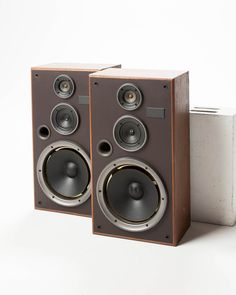 MU029 Speaker Set.jpg