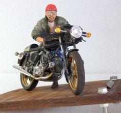 Diorama - Ducati 900 SS (Tamiya) + Figure by Noboru Watabe