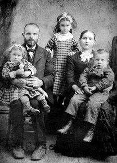 1893 photos of children We Are Family, Children And Family, Family Portraits, Family Photos, Couple Photos, Vintage Photographs, Vintage Photos, Nov 6, Mother And Child