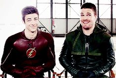 #stephen amell#grant gustin#the flash#arrow