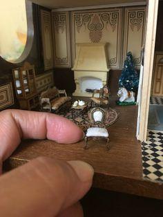 1/48 scale dollhouse Needle Felted Animals, Felt Animals, Ooak Dolls, Bath Caddy, Dollhouses, Scale, Arts And Crafts, Miniatures, Craft Ideas
