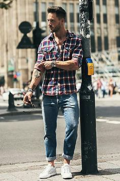 Want to look sharp in jeans and shirt outfit? Look no further. See these Jeans and casual shirt outfits for men