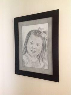 Esta es una obra de arte al lápiz!!..pintora !! Ruth Chy yong