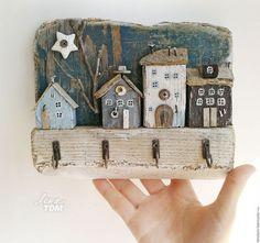 Прихожая ручной работы. Ярмарка Мастеров - ручная работа. Купить Ключница 'Свет вечерней звезды' вешалка настенная, домики деревянные. Handmade.